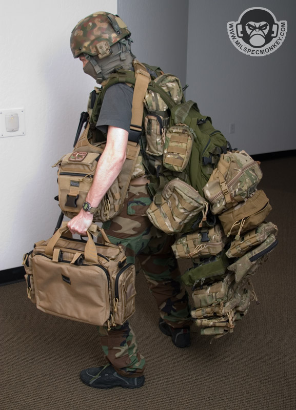Tactical 360 Degrees Rotatable Flashlight Pouch Holster