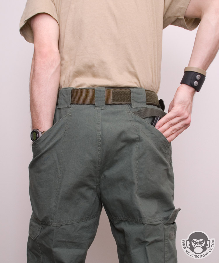 how to wear tactical pants